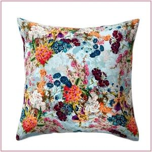 Floral \ Watercolor \ Decorative Pillow